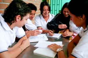 LA HEI students